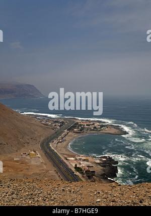 Pazifische Küste südlich von Arica, Chile - Stockfoto