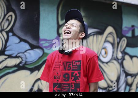 Mann herzlich lachen - Stockfoto