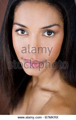 Ein Porträt einer jungen Frau - Stockfoto