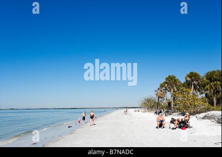 Strand bei Bowditch Point Park, Estero Island, Fort Myers Beach, Golfküste, Florida, USA - Stockfoto