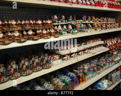 weihnachtsfiguren und kerzen stockfoto bild 36847821 alamy. Black Bedroom Furniture Sets. Home Design Ideas