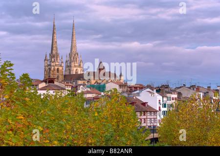 Kathedrale von Bayonne zahlt Baskenland Frankreich - Stockfoto