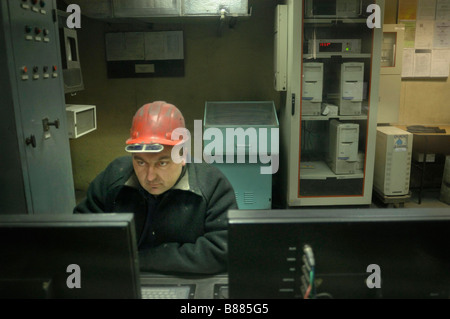 Arbeitnehmer bei Donezk Stahlwerk im Osten der Ukraine