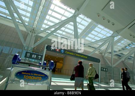 Terminal 1 Pearson International Airport, Toronto, Ontario - Stockfoto