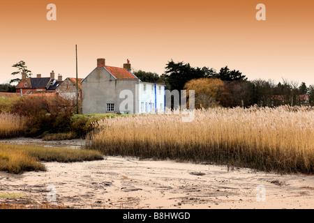 """Versteckt tief in die """"Norfolk Salzwiesen"""" geschützt durch tiefen Schlamm 'East Anglia' Great Britain. - Stockfoto"""