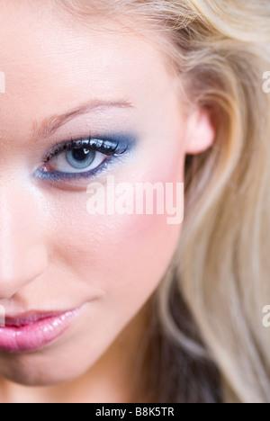 Nahaufnahme von einer schönen Frau Gesicht - Stockfoto
