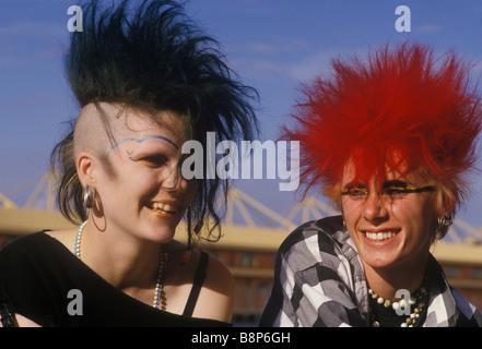 londoner punks ca. 80er jahre stockfoto, bild: 145514700