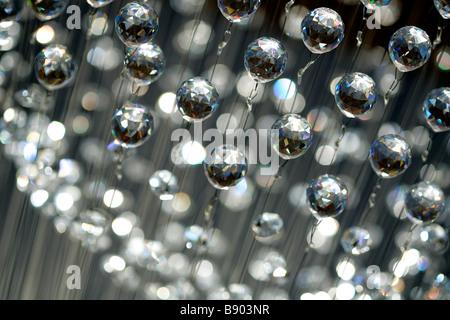 decke kronleuchter kristall glaskugeln licht leuchten beleuchtung glanz gl nzendes glas kristall. Black Bedroom Furniture Sets. Home Design Ideas