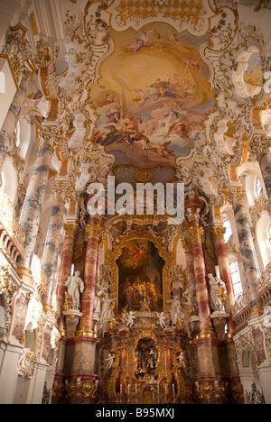 Deutschland, Bayern, Steingaden, Wieskirche.  Eine Wallfahrt Kirche von Wies, Rokoko Interieur und Hauptaltar. - Stockfoto