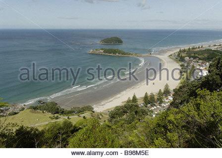 Blick vom Berg über Mount Maunganui, Bay of Plenty, New Zealand - Stockfoto