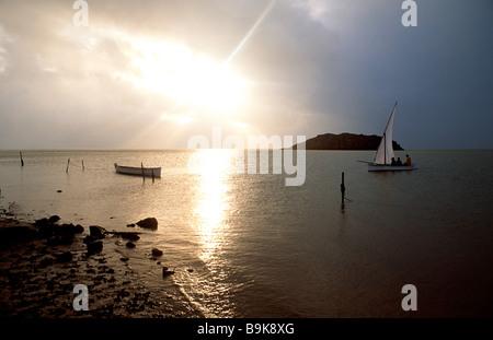 Mauritius, Rodrigues Island, Anse Mourouk, Port Sud Est, Angeln Segelboot - Stockfoto