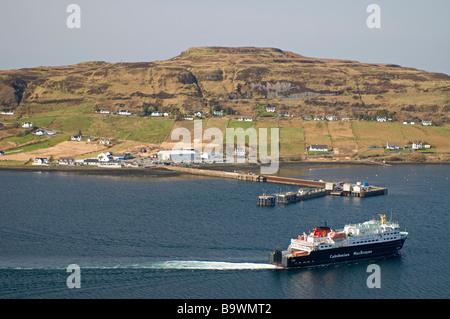 Caledonian MacBrayne Fähre Ankunft in Uig auf der Trotternish-Halbinsel im Nordwesten von der Isle Of Skye-SCO-2247 - Stockfoto