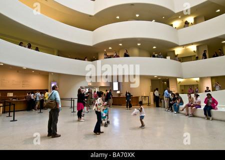 Guggenheim Museum Manhattan New York Vereinigte Staaten von Amerika - Stockfoto