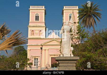 Notre Dame des Anges Kirche auch bekannt als der Kapuziner Pondicherry Tamil Nadu Indiens - Stockfoto