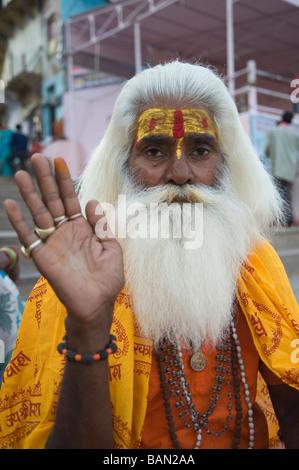 Indischen Heiligen Mann Sadhu Varanasi Benares Uttar Pradesh, Indien - Stockfoto
