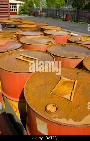Rusty Fässer in Ramsbottom Lancashire UK - Stockfoto