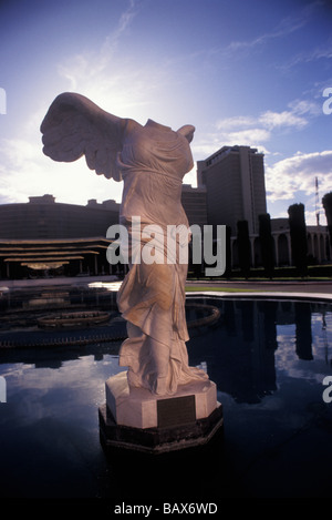 Nachbildung der Winged Sieg von Samothrace außerhalb Caesars Palace Las Vegas Nevada - Stockfoto