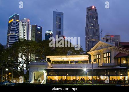 Skyline von Singapur, Singapur, Süd-Ost-Asien-Dämmerung - Stockfoto