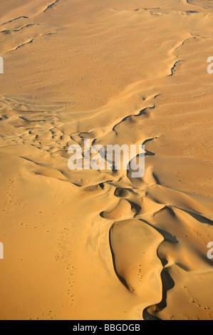 Sanddünen in der Namib Wüste, Luftbild, Namibia, Afrika - Stockfoto