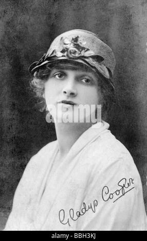 Englische Schauspielerin-Sängerin und Model Gladys Cooper - Stockfoto