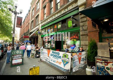 Bars und Restaurants in der Umgebung von Pioneer Square, Seattle WA, USA - Stockfoto