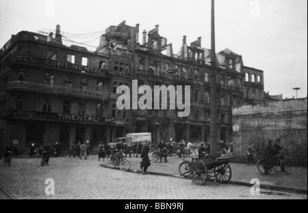Ereignisse, Zweiter Weltkrieg/Zweiter Weltkrieg, Luftkrieg, Deutschland, Straßenszene in Köln nach einem alliierten - Stockfoto