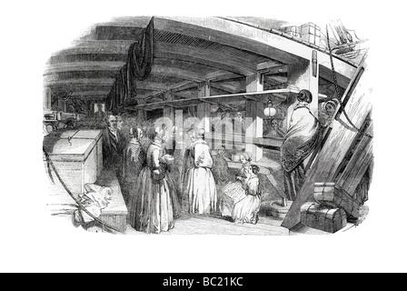 Emigrant Schiff zwischen den decks - Stockfoto