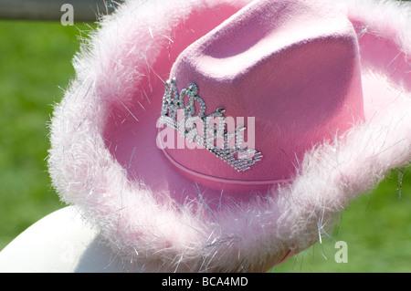 Neuheit-rosa Cowboyhut - Stockfoto