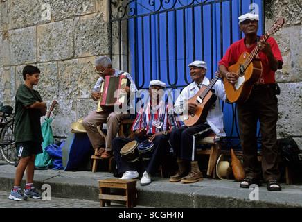 Straßenmusikanten Havanna Vieja - Stockfoto