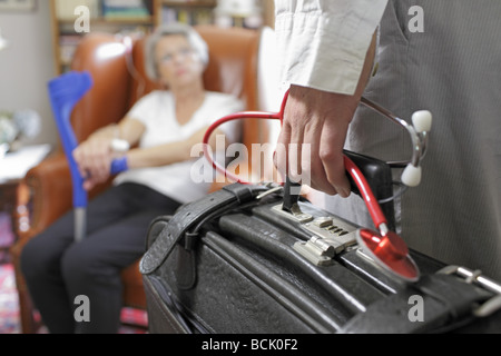 Doktors besuchen zu Hause - Stockfoto