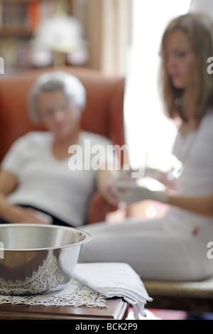 Altenpflege-Krankenschwester - Stockfoto