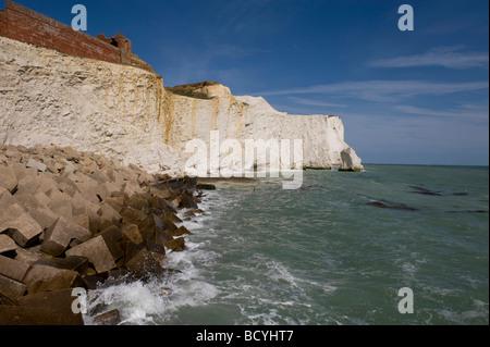 Das Meer und die Klippen von Splashpoint, Seaford, East Sussex, UK - Stockfoto