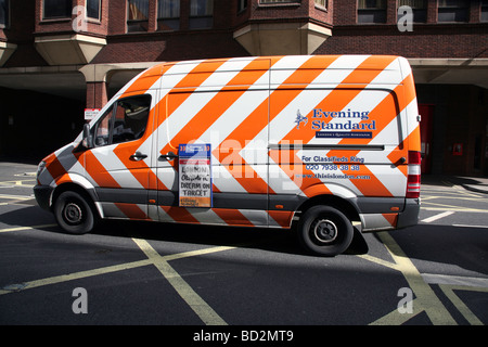 Am Abend Standard Lieferwagen, London - Stockfoto