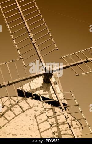 Le Moulin du Bonheur Windmühle Ile de Porquerolles Var Provence-Alpes-Cote d Azur-Süd-Frankreich - Stockfoto