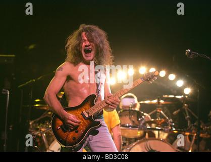 VAN HALEN U.S. Rockgruppe mit Eddie Van Halen im Jahr 2004. Foto Jeffrey Mayer - Stockfoto