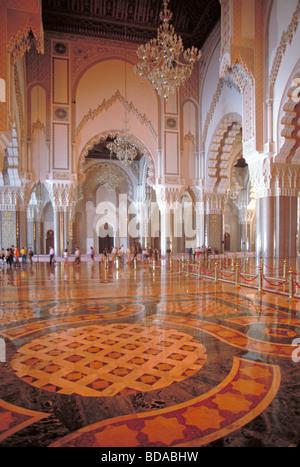 Elk161 2387 Marokko Casablanca Hassan II Moschee Architekt Michel Pinseau 1993 Betsaal - Stockfoto