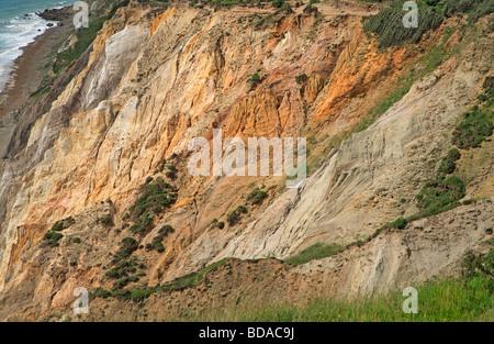 Britische Küste, Isle Of Wight Alum Bay farbige sandigen Klippen - Stockfoto