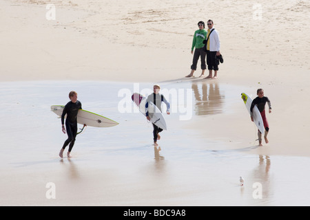 Surfer am Bondi Beach in Sydney, Australien - Stockfoto