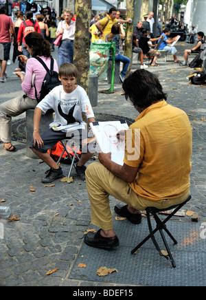 """Paris, Frankreich - Kind sein Porträt gemacht von einem Bürgersteig Künstler, außerhalb Zentrum """"Pompidou Museum"""", - Stockfoto"""