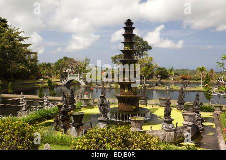 Indonesien, Bali, Tirta Gangga, Wasserpalast Garten, Bwah, mittlere Ebene, Nawa Sanga Brunnen - Stockfoto