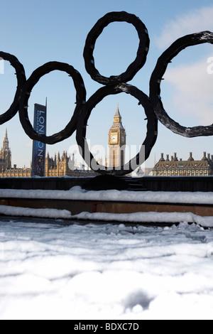 LONDON: BIG BEN IM SCHNEE - Stockfoto