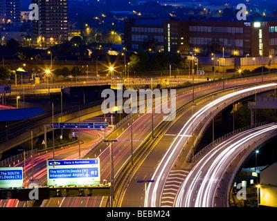 Belfast-Autobahn in der Abenddämmerung - Stockfoto