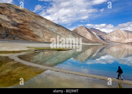Pangong See herumlaufen. Ladakh. Indien - Stockfoto