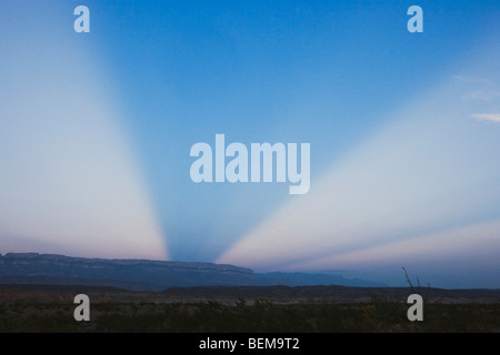 Sunray, Chisos Mountains, Big Bend National Park, Chihuahua-Wüste, West-Texas, USA - Stockfoto