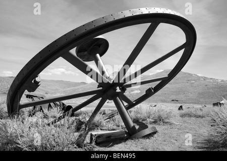 Verlassenen Bergbau-Ausrüstung in der Geisterstadt Bodie, Kalifornien - Stockfoto