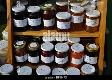 Gl ser nach hause gemachte marmelade auf verkauf uk stockfoto bild 26468843 alamy - Marmelade einkochen glaser ...
