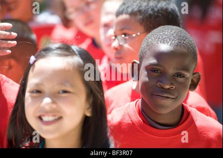 Teilnehmer der Stadt im Jahr Projekt in Buche Elementary School, Manchester, NH. Bild ist kein Modell / Eigenschaft - Stockfoto