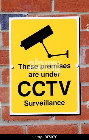 CCTV Kamera Zeichen Sicherheitswarnung, die Videoüberwachung im Bereich tätig ist.
