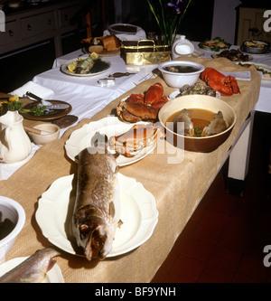 Großbritannien, England, Staffordshire, Stafford, Shugborough Haus viktorianische Küche, Fisch für das Abendessen - Stockfoto