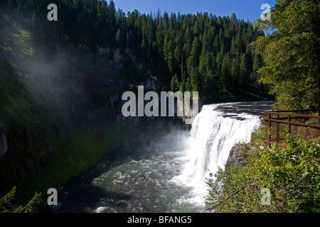 Upper Mesa Falls auf Henrys Fork des Snake River in Fremont County, Idaho, USA. - Stockfoto